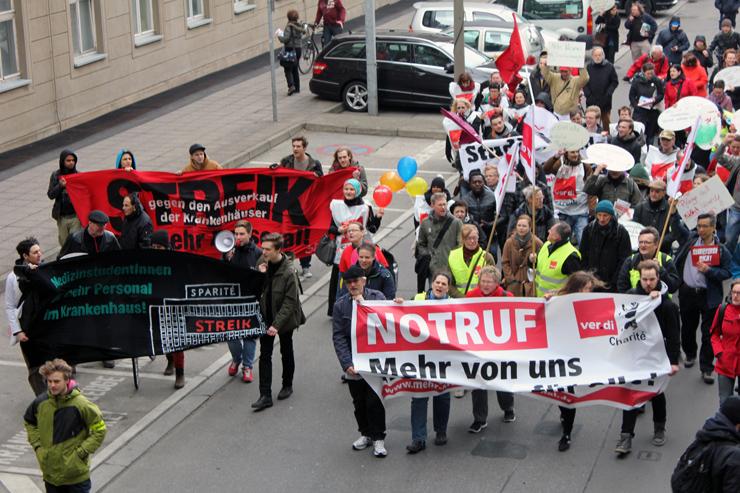 Solidaritäts-Demonstration für die Beschäftigten der Charité